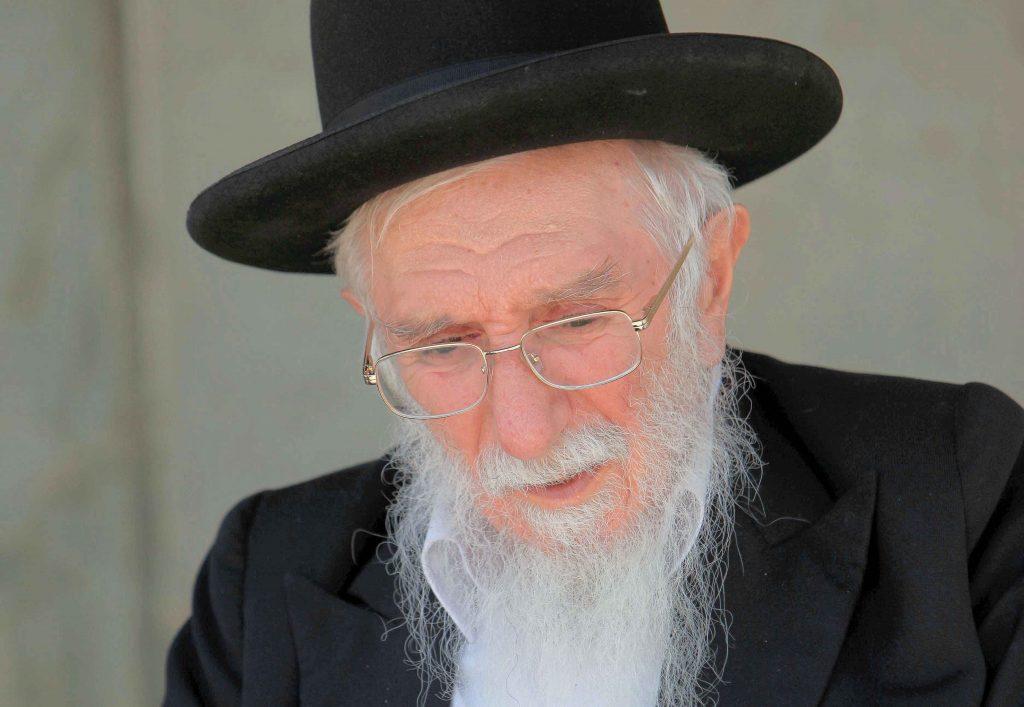 הרב-אברהם-שלוש.-צילום-אליהו-1024x707