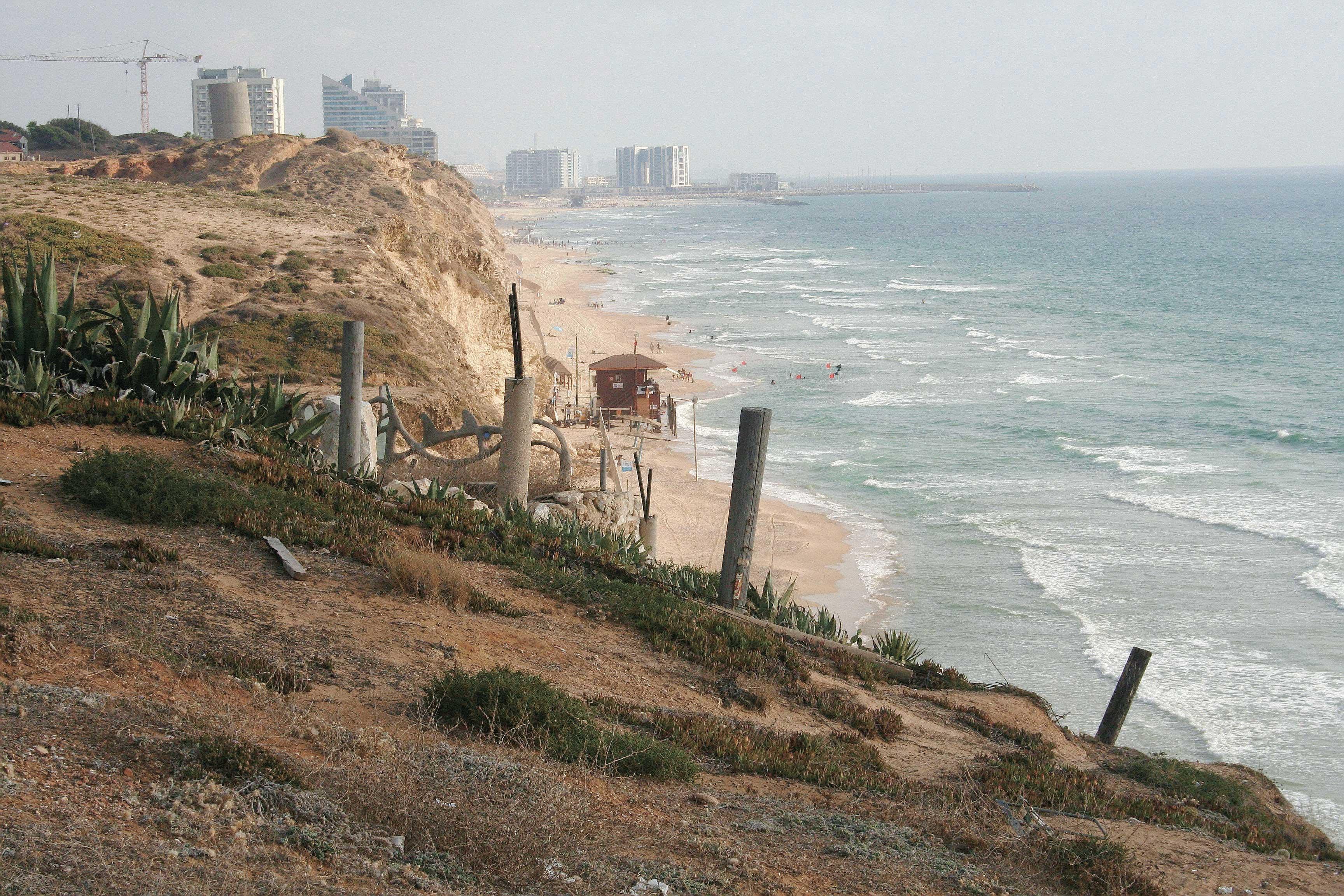 חוף סידנא עלי. צילום משה גלעד
