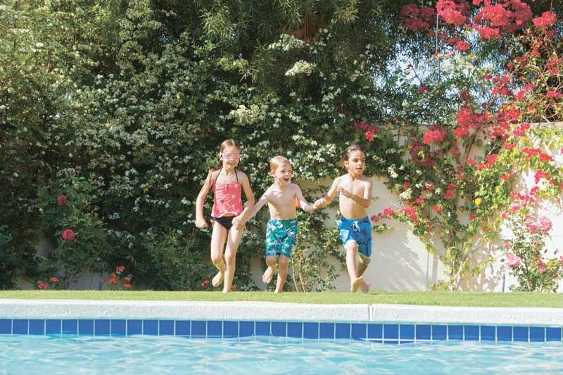 אילוסטרציה ילדים בבריכה. צילום א.ס.א.פ קריאייטיב/INGIMAGE