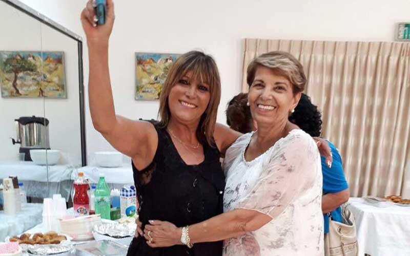 מימין לשמאל: רכזת המועדון אילנה לוי וסגניתה דניאלה אוהב ציון
