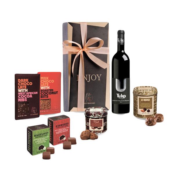 """מארז שוקולד ויין של מקס ברנר צילום יח""""צ"""