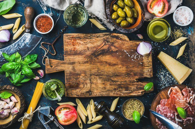 הכנת ארוחה- אילוסטרציה, שאטרסטוק