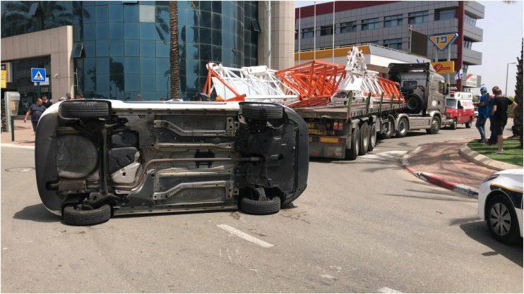 תאונה ברחוב הנופר. צילום העירייה