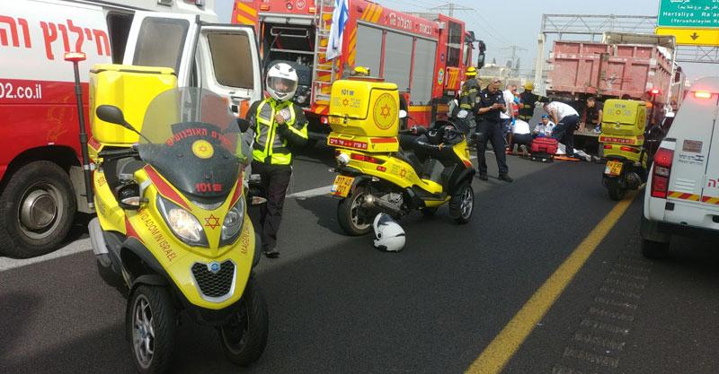 """תאונה בכביש 531 צילום מבצעי מד""""א"""