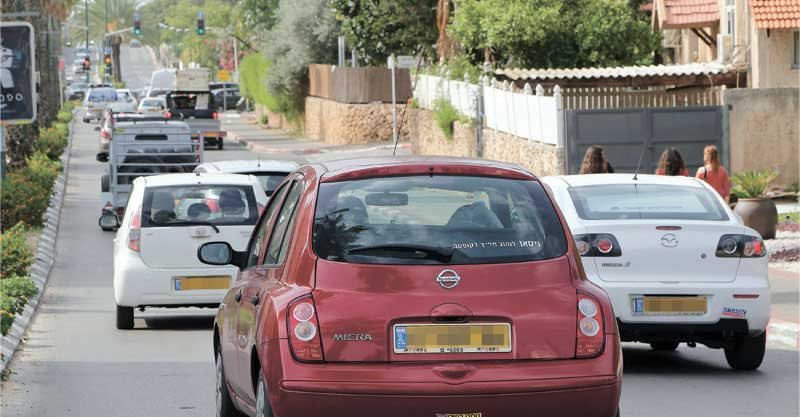 פקק ברחוב הברגידה היהודית צילום עזרא לוי