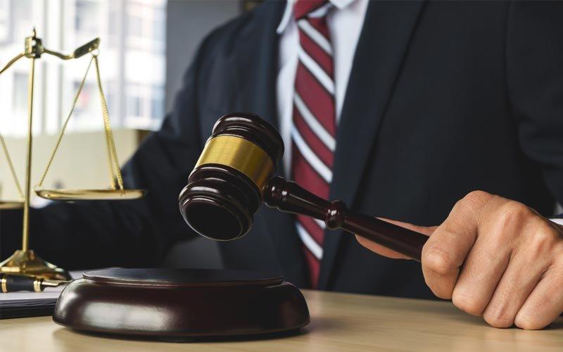 עורכי דין בנתניה אילוסטציה ingimage