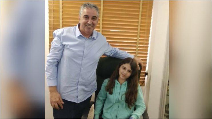 מאיה לסר וראש עיריית רעננה חיים ברוידא. צילום פרטי