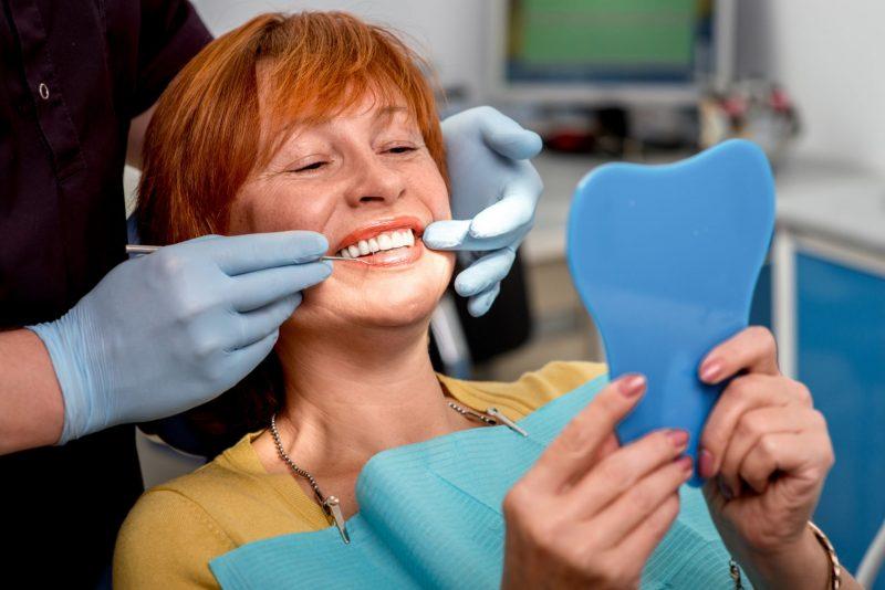 רופאי שיניים ברעננה. תמונה ממאגר Shutterstock