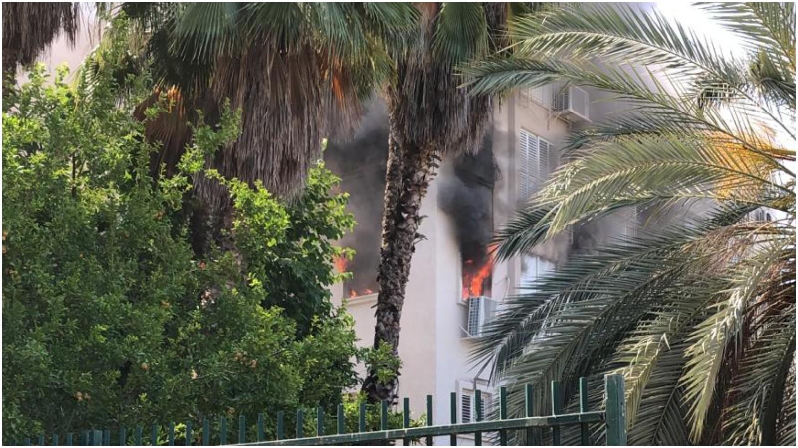 שריפה ברחוב בורכוב