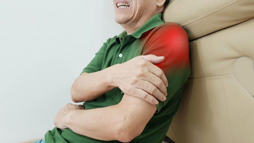 """טיפול בגלי הלם אצל ד""""ר יוסף דיין. צילום: shutterstock, צלם: joel bubble ben"""