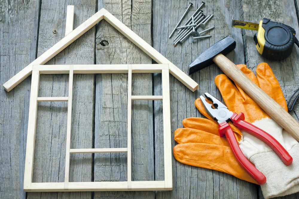 שיפוץ בתים בשרון. (Shutterstock) צילום: udra11