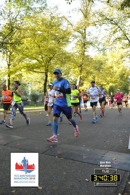 אמיר מאיר במרוץ מרתון אמסטרדם (צילום: tcs amsterdam marathon)