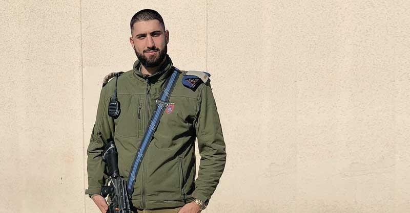 כחול בעיניים: המסע של כפיר לוי מהמשטרה הצבאית אל מסכי הטלוויזיה