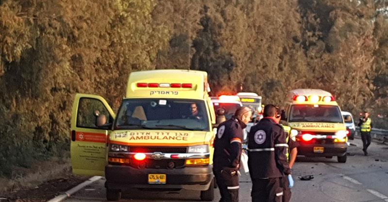 """תאונה קשה בכביש 5511 סמוך למחלף הדרים. צילום מבצעי מד""""א"""
