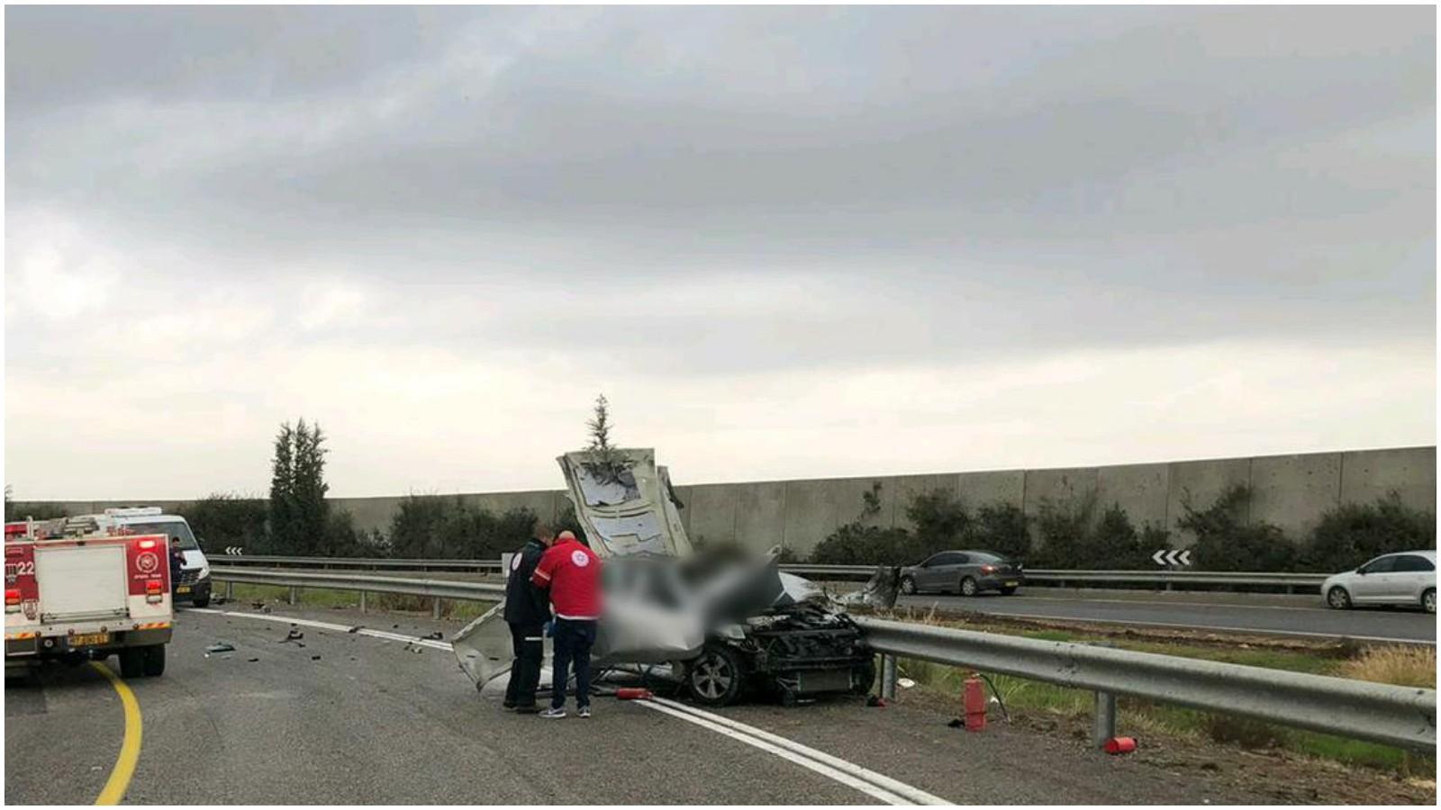 """הרכב שהתפוצץ בכביש 6. קרדיט: דוברות מד""""א"""
