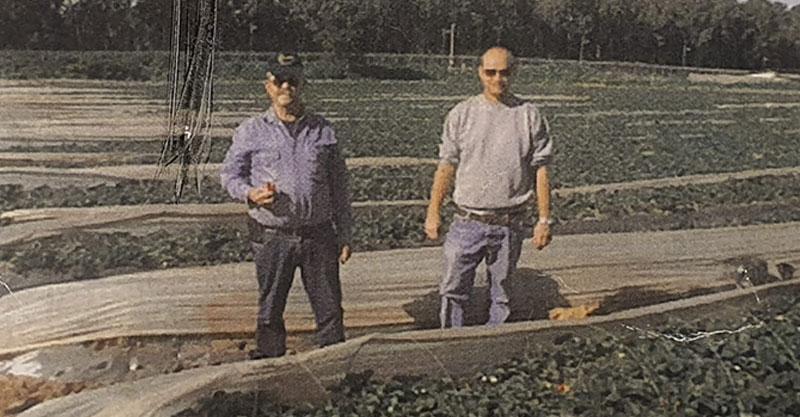 """רונן ברקאי ואביו יעקב ז""""ל. צילום פרטי"""