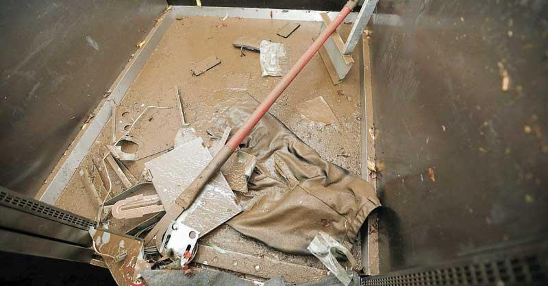 בית הלחמי אסון המעלית בתל אביב צילום תומר אפלבאום