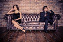 טיפול זוגי ממוקד יחסים: הכירו את המטפל הזוגי רני יקיר. צילום: Oneinchpunch, Shutterstock