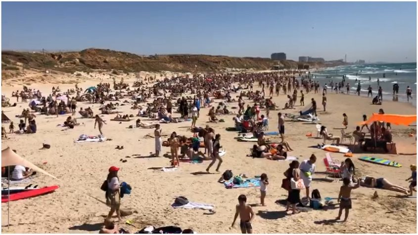 החוף הדרומי בהרצליה, 8 במאי. צילום אסף אמר