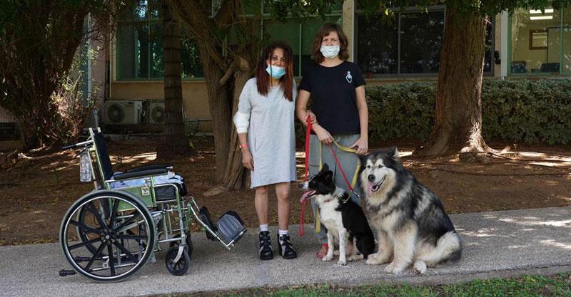 טיפול רגשי בעזרת בעלי חיים בבית לווינשטין. צילום: אורן יזרעאל