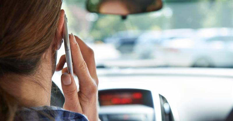 טלפון בנהיגה. צילום אילוסטרציה צילום א.ס.א.פ קריאייטיב/INGIMAGE