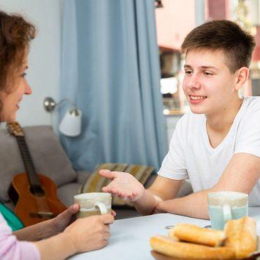 בעבודה עם מתבגרים | צילום: אילוסטרציה